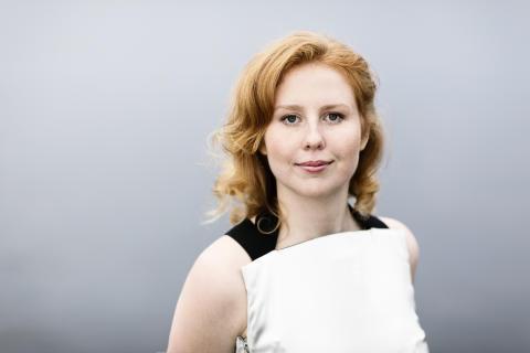 Ellen Nisbeth, viola