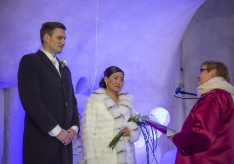 Bröllop i exotisk vintermiljö med Ice Music