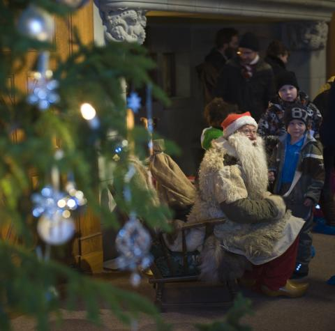 Bussar till julmarknaden på Tjolöholms Slott