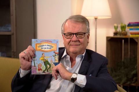 Lasse Berghagen signerar böcker på MAX i Mall of Scandinavia