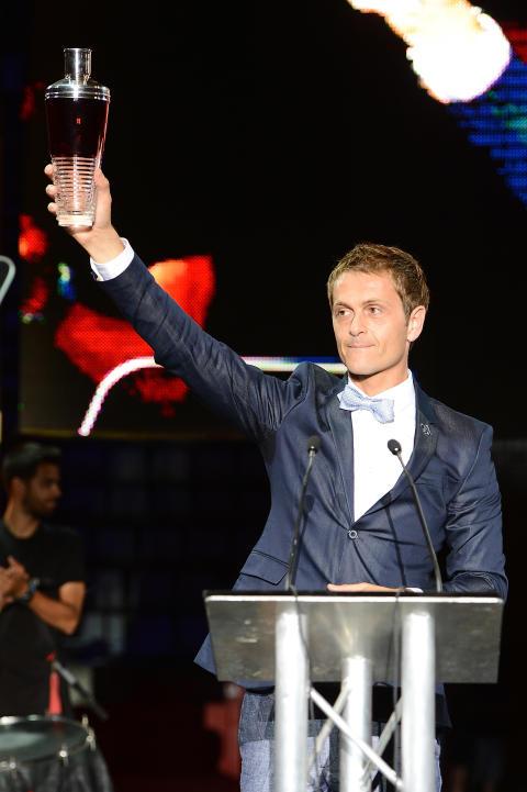 DAVID RIOS FRÅN SPANIEN ÄR VINNARE AV BARTENDERTÄVLINGEN DIAGEO RESERVE WORLD CLASS GLOBAL FINAL 2013
