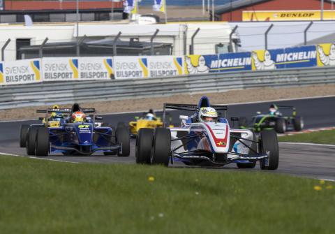 Norskt i topp efter premiärhelgen i Formula STCC Nordic