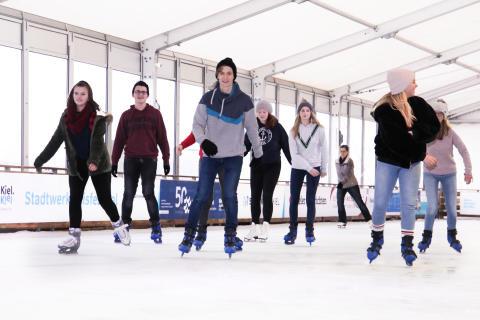 Bergfest beim Stadtwerke Eisfestival Kiel