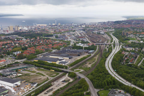 Den nya vägen från Malmöleden till hamnen, Hamnleden väg E4