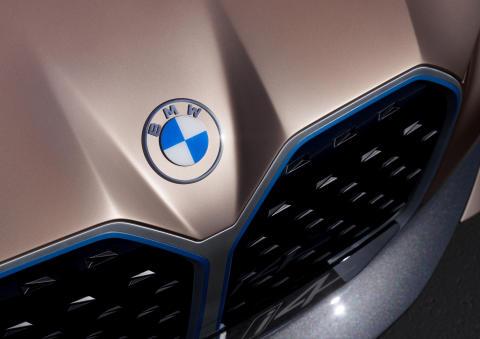 BMW Concept i4 (2)