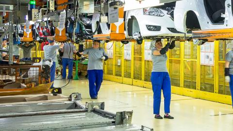 New-generation cars boost manufacturing employment