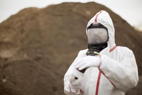"""Gigantisk """"tvättmaskin"""" renar förorenad jord i Eskilstuna"""