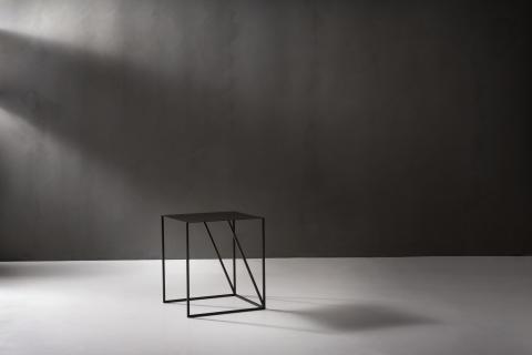 ASPLUND_Oblique_sliding_tables_1_photo Louise Billgert