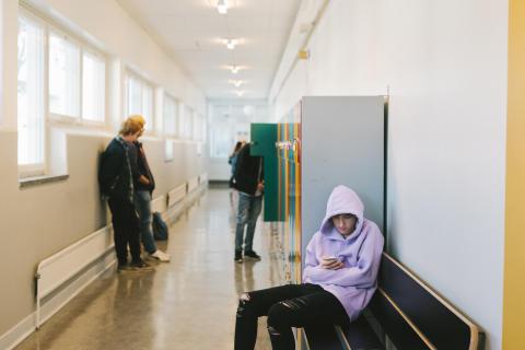 Ensamhet i skolan ökar risken för icke godkänt