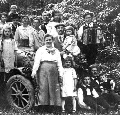 Historisk utflyktsdag för hela familjen i Torup 15 maj