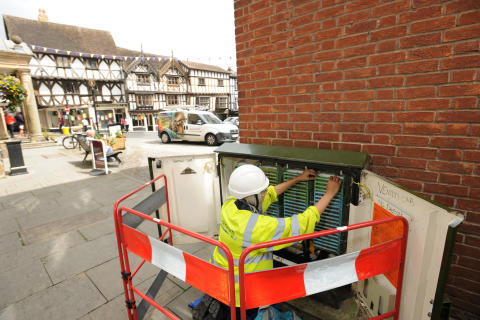 Engineers go the distance to bring benefits of superfast fibre broadband to Bromyard