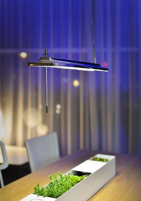LED takbelysning Alioth i krom från Proton Lighting