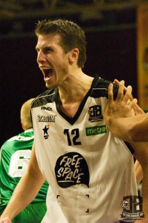 Micke Lindquist tillbaka i 08 Stockholm