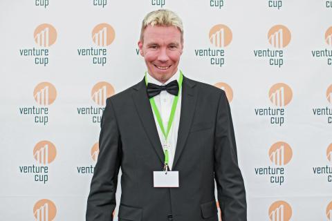 Revolutionerande idé för utbyte av material mellan journalister och media stod som nationell vinnare i Venture Cup