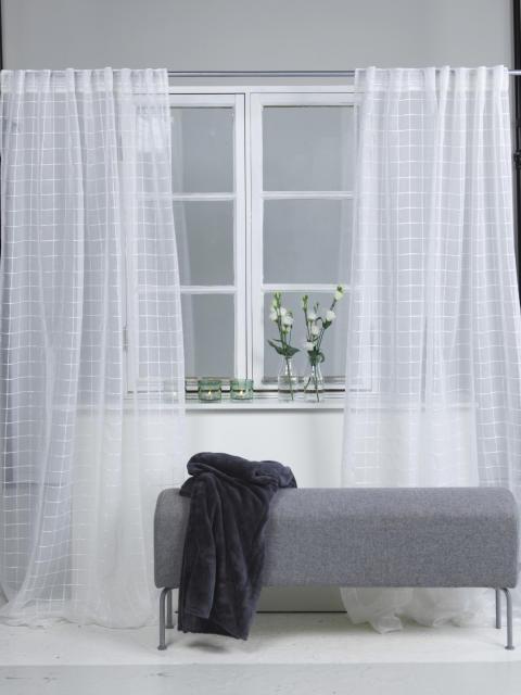 Curtain Carina