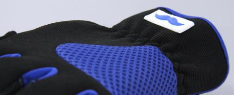 Den Blå Handsken –stödjer prostatacancerforskningen i samarbete med Prostatacancerförbundet