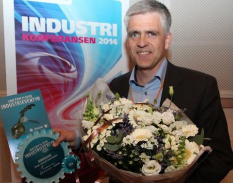 Dag Arthur Aasbø mottok prisen på vegne av Borregaard.