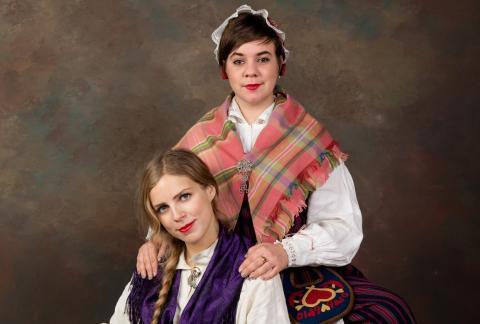 Sara och Samantha - Feministisk och anti-nationalistisk folkmusik