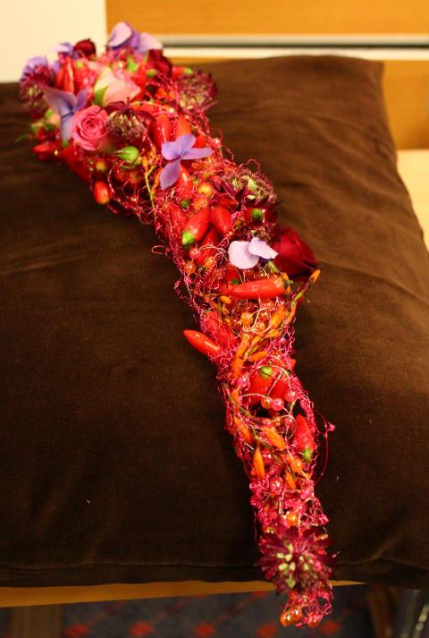 Blomstersmycke av Hanna Ericson, Interflora Melanders Blommor i Stockholm.