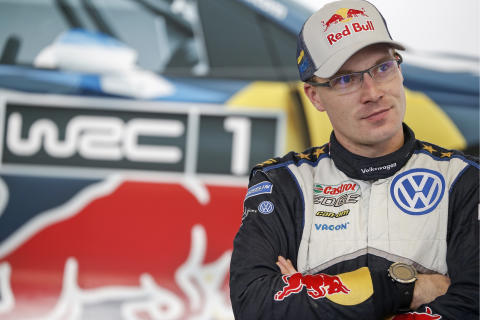 Jari-Matti Latvala fick som han ville, än en gång överst på pallen i Finland