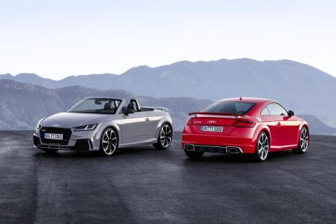 Stærkere end nogensinde: Den nye TT RS Coupé og den nye TT RS Roadster