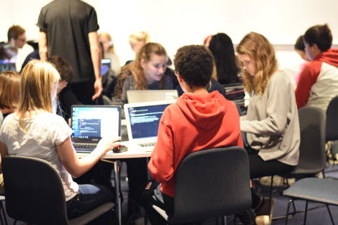 NOX Academy skapar en kreativ miljö där barn lär sig programmera