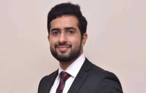 Stjärnprogrammeraren Tayyab Shabab lämnar Sverige efter Migrationsverkets utvisningsbeslut