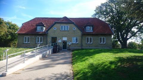 Falck sælger sine lægeklinikker i Danmark