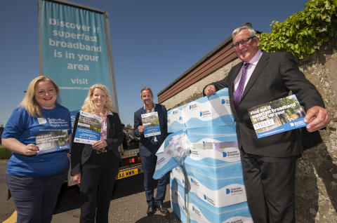Minister kicks off new superfast campaign