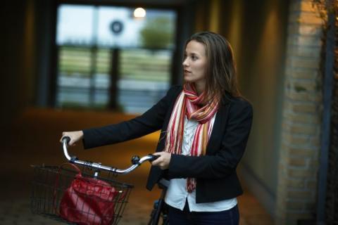 Varannan ung kvinna upplever otrygghet i Sverige