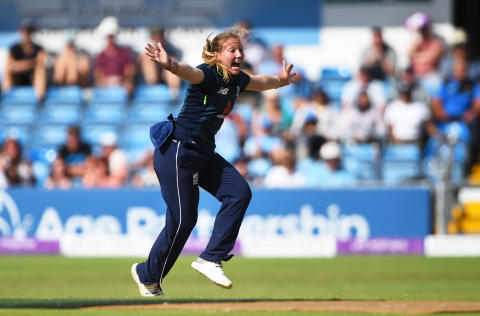 Katie George Suffers Stress Fracture