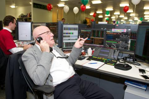 Richard Wilson takes to the phones at CIBC Miracle Day 2015