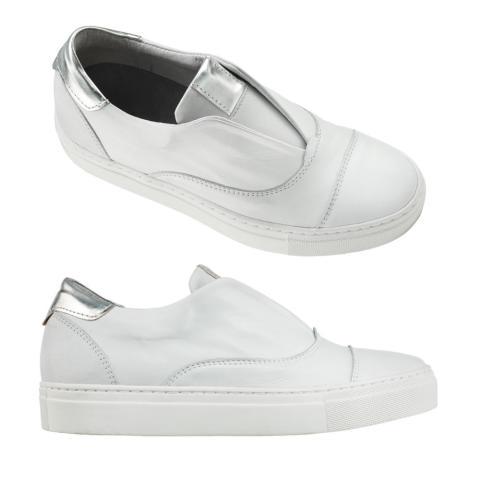 Sneakers med silvriga detaljer