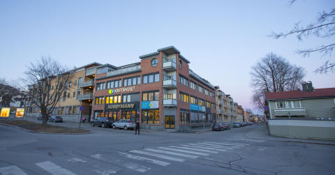 Kontorhuset Bragernes på Losjeplassen i Drammen sentrum.