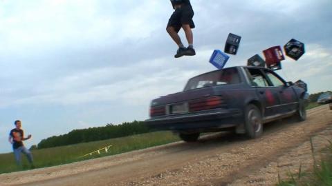 Stunt with milkcrates 2