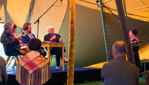 """Ärkebiskopen:  """"Ovärdigt att samiska kvarlevor ligger kvar på institutioner"""""""