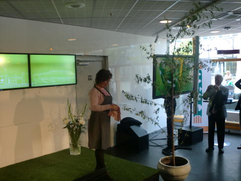Sjöstedt (FP): I morgon invigs Tele2 Arena
