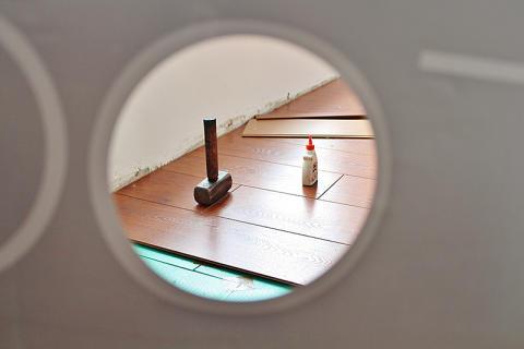 Renoveringsrapport från Trä- och Möbelföretagen, TMF: Skulden krymper men renoveringstakten minskar