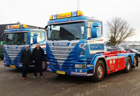 To ny Scania til City Container
