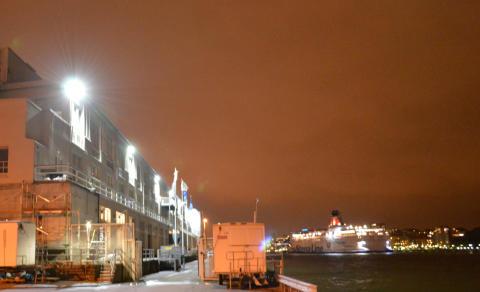 Göteborgs Hamn's brand new face - Amerikaskjulet får LED-bestyckad fasadbelysning