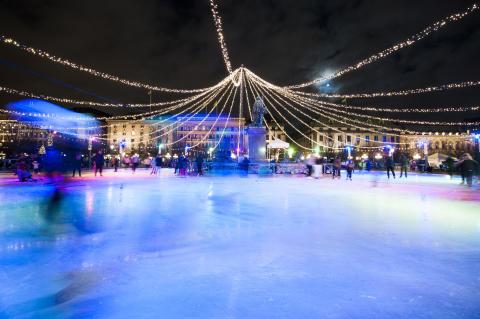På lördag tänds julbelysningen i Stockholm City