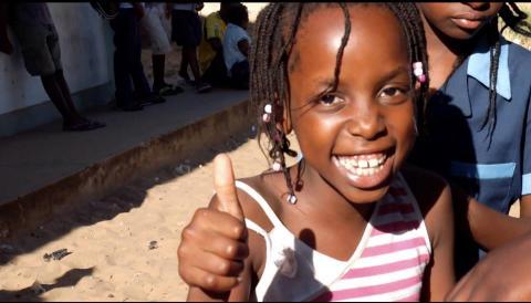 En av Futebol dá forças fotbollsspelare i Moçambique