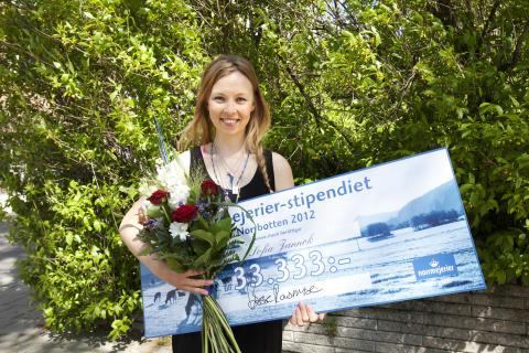Sångerskan Sofia Jannok från Gällivare vann 2012 års Norrmejerier-stipendium i Norrbotten.