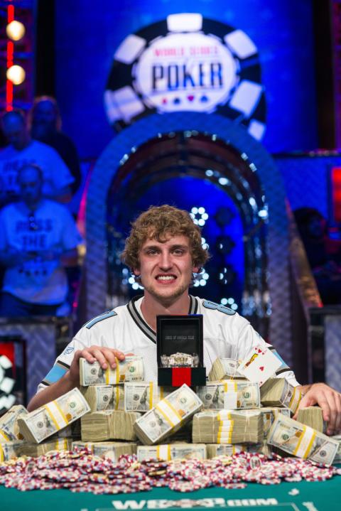 Riess skrällde och vann VM i poker