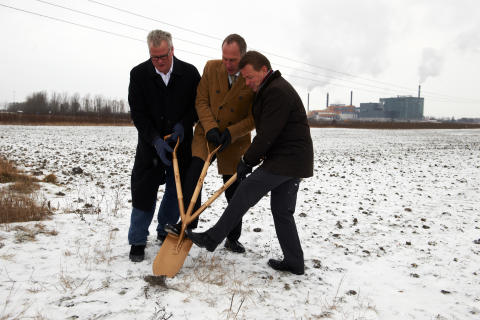 The world's first Plantagon Greenhouse for Urban Agriculture breaks ground in Sweden
