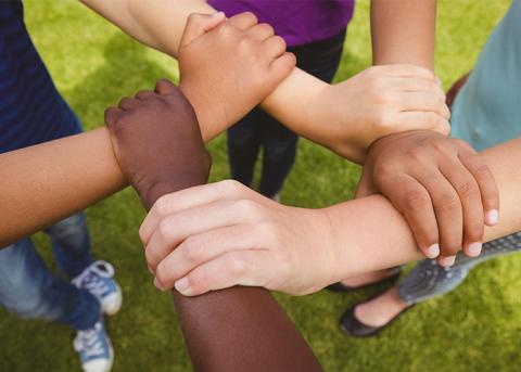 Lokala idrottsföreningar för ungdomar erbjuds utbildning för att motverka mobbning