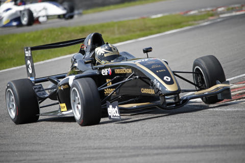 Första segern för Johansson i Formel Renault 1,6