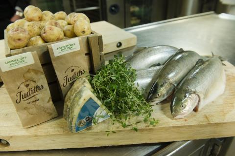 Närodlat matkoncept på Hurtigruten