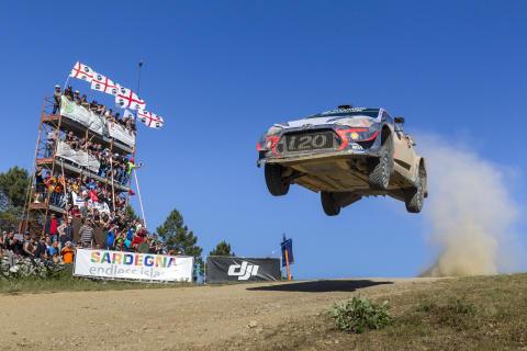 Hyundai Motorsport tar säsongens tredje  WRC-seger i Rally Italia Sardegna