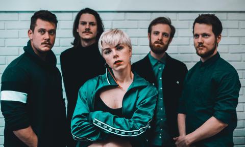 Kritikerroste I am K er ute med ny single